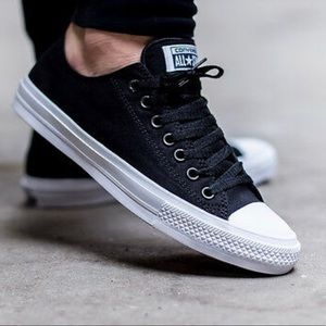 Converse•Chuck Taylor II•Size 7